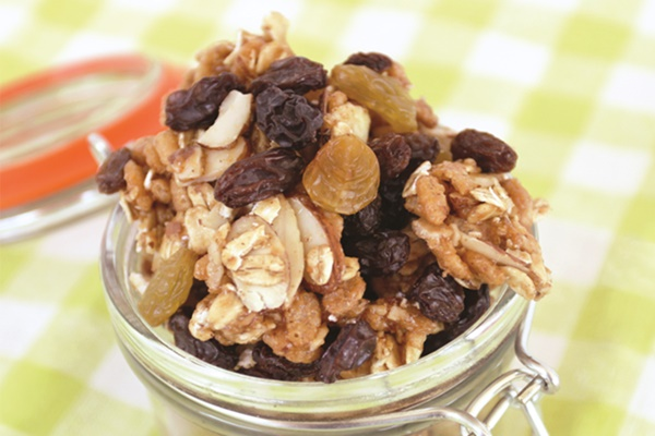 Honey Nut Raisin Snack Mix