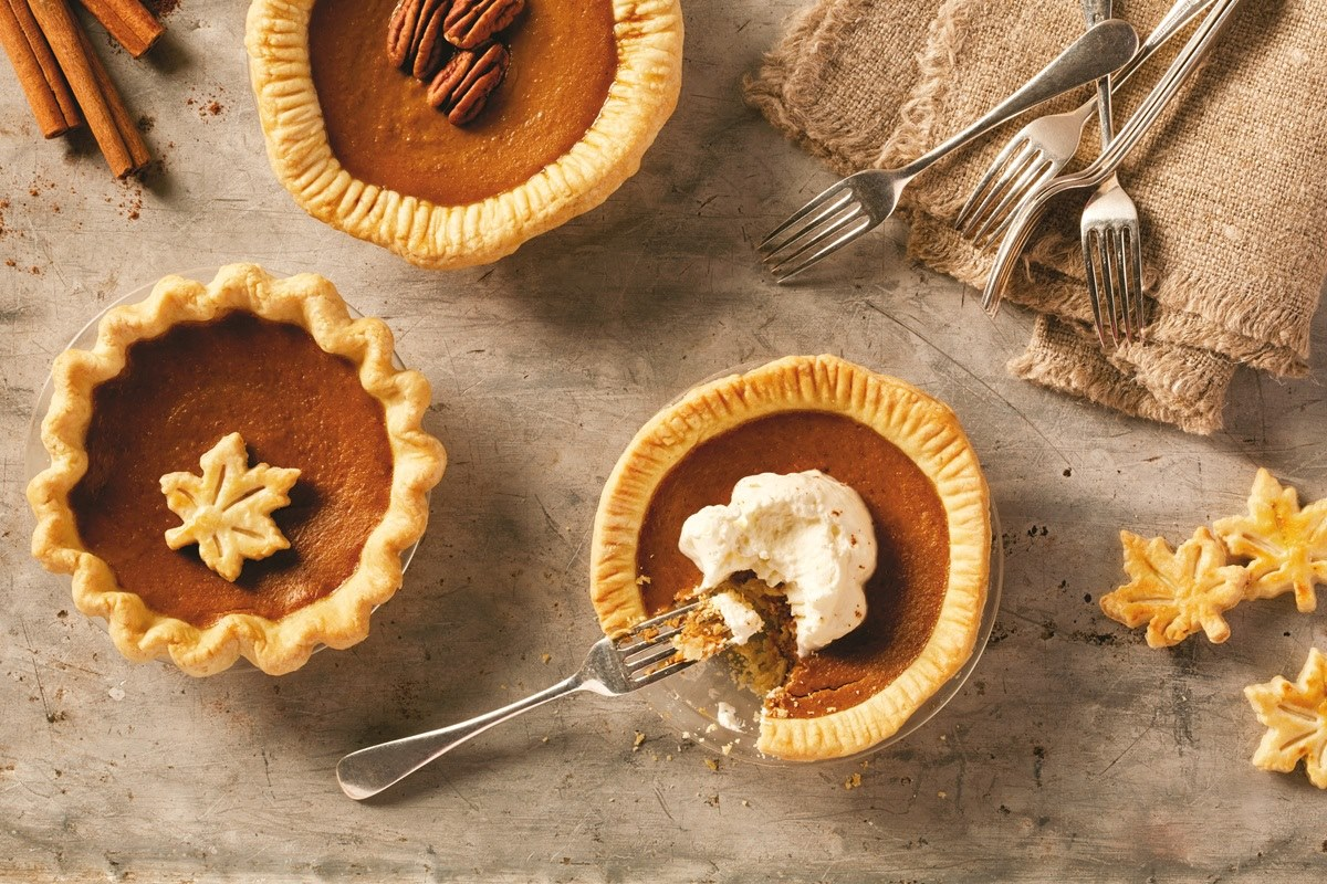 Mini Dairy-Free Pumpkin Pies Recipe