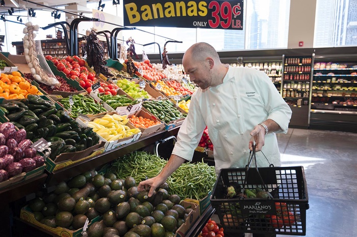 Mariano's Grocery in the Chicago Area Focuses on Global Fare