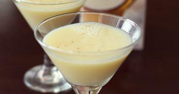 Silk Holiday Nog: Seasonal Dairy-Free Soymilk Beverage (non-GMO Verified)
