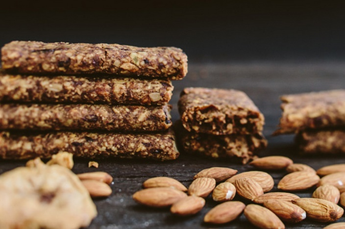 ginnybars - peace, love and apple (organic, vegan, gluten-free)