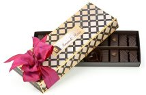 Best Dairy-Free Chocolate Gifts - Amore di Mona Connoisseur Collection Dark Chocolate and Caramela Gift Box