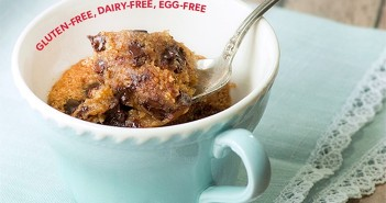 3-Minute Chocolate Chip Cookie in a Mug