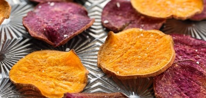 Baked Sweet Potato Chips with Creamy Date Caramel Dip
