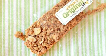 Michele's Granola Bars - Handmade in Maryland (dairy-free, vegan, crunchy oats)