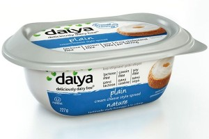 Daiya Cream Cheese Style Spread (Plain) - Deliciously Dairy-Free, Vegan, and Free of Top Allergens