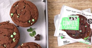 Lenny & Larry's The Complete Cookie Review - 7 Vegan, Dairy-Free Flavors (including White Chocolate Macadamia, Chocolate Chip, Peanut Butter, and Pumpkin Spice)
