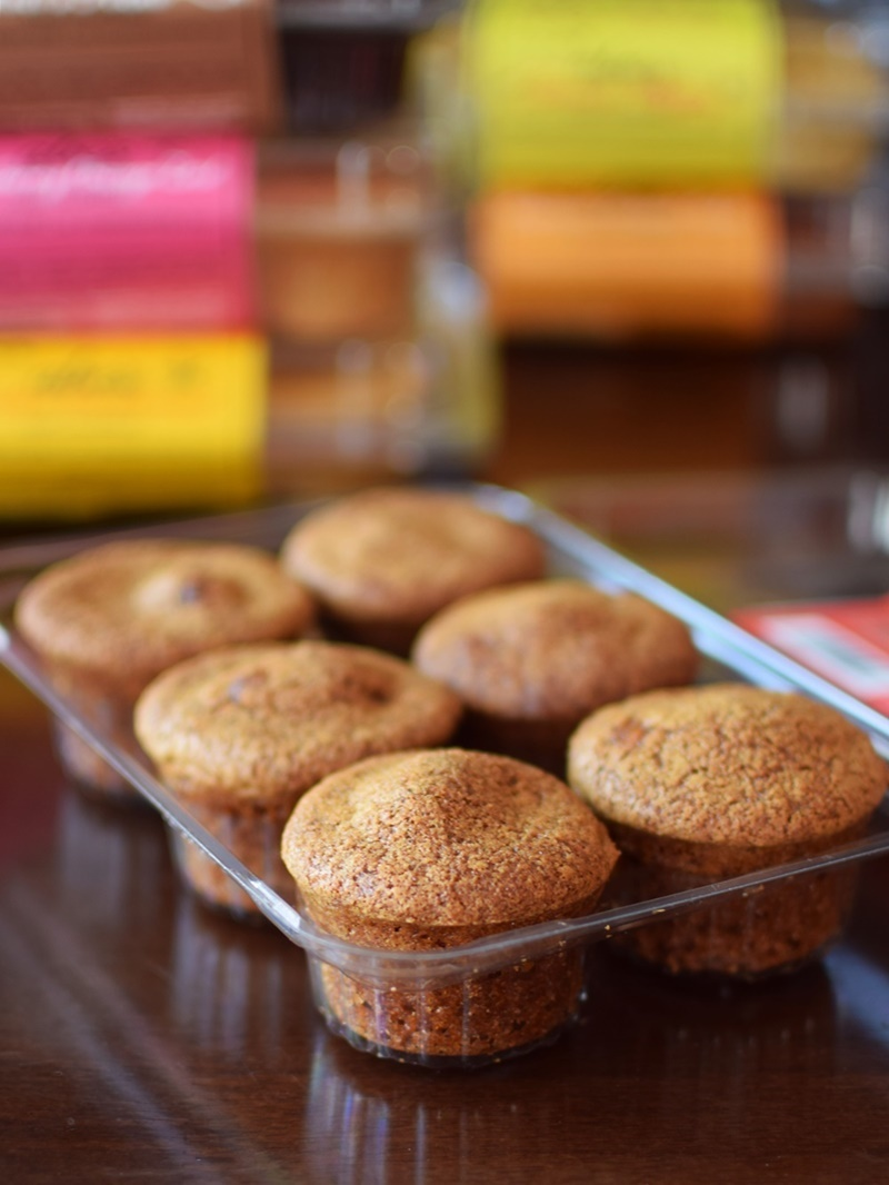 Abe's Mini Muffins: All-Natural, Dairy-Free, Vegan and Available in SO Many Flavors! (Apple Cider pictured)