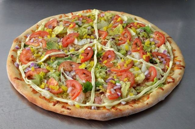Hippies Pizza Caters to Vegan and Gluten-free Diners with ample Gourmet Pies
