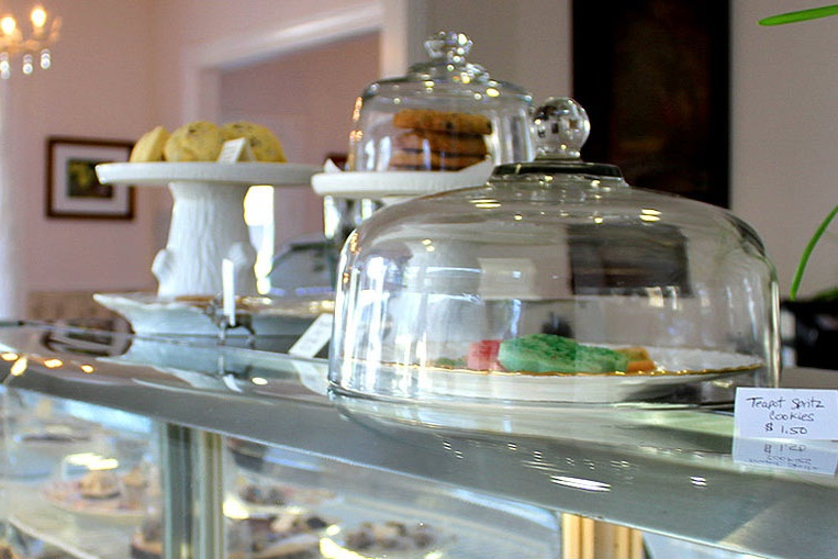 Muir's Tea Room is the only strict vegan restaurant in Sonoma County