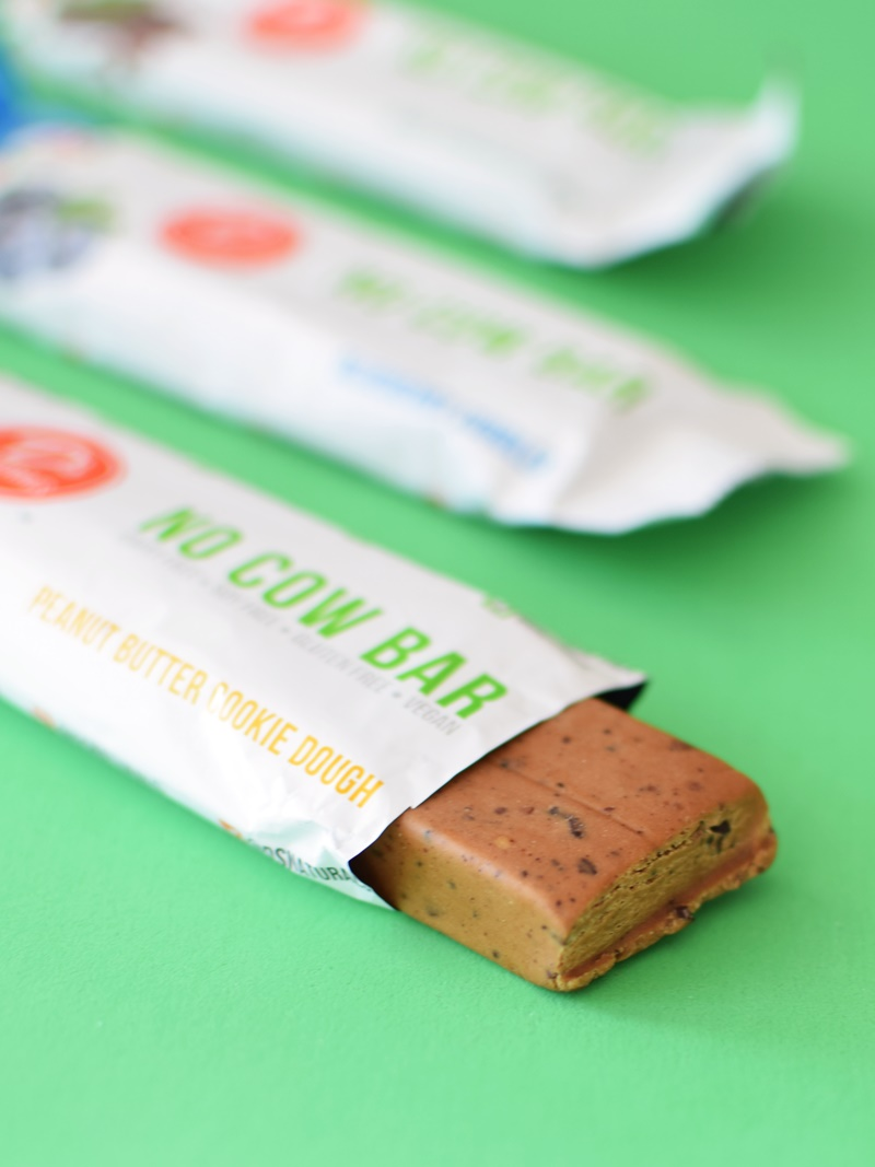 No Cow Bars are super high protein, low carb and dairy-free (vegan, soy-free & gluten-free, too)! Created by D's Naturals - their founder is just 18 years old!