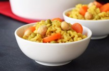 Super-Easy Vegan Baked Curry Risotto Recipe! (5 min prep, no stir, pantry recipe, gltuen-free, soy-free, dairy-free)