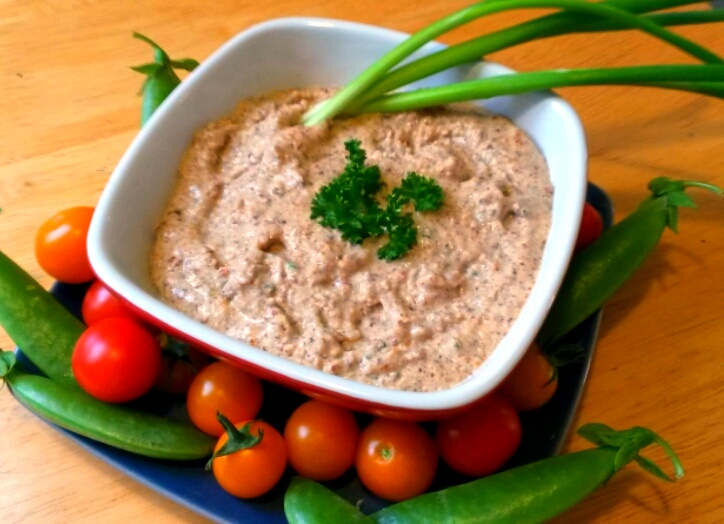 Amazing Garlic Almond Dip - this rich dip is naturally dairy-free and vegan, but very easy and fulfilling. Optionally gluten-free.