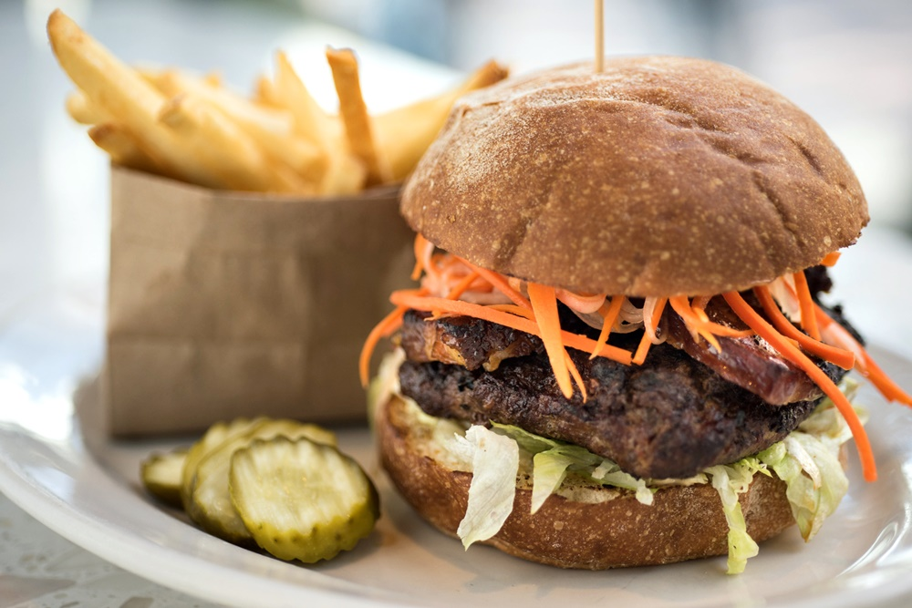 The Original - a Dinerant in Portland, OR offering dairy-free and vegan surprises. Includes seasonal offerings like dairy-free ice cream sandwiches, vegan Thanksgiving sides, and dairy-free, gluten-free holiday pies.