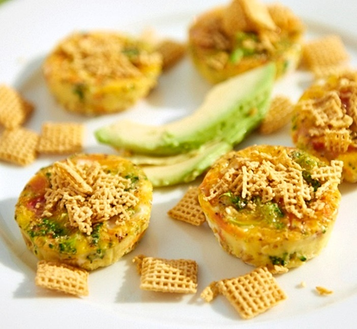 Veggie Frittata Bites - Easy, protein-filled snacks or breakfast on-the-go. Naturally dairy-free, gluten-free, and vegetarian.