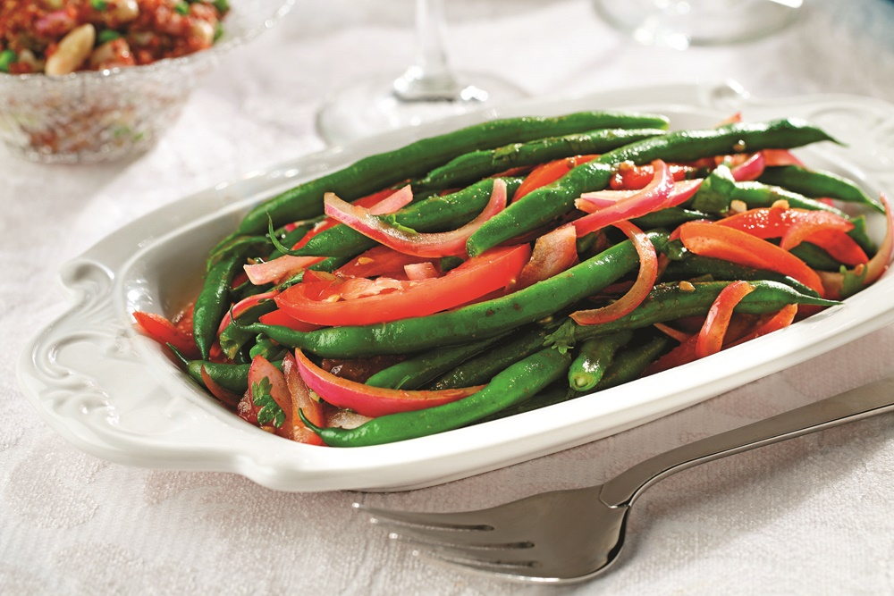 Peruvian green beans recipe with red onions and tomatoes special diet notes peruvian green beans forumfinder Gallery