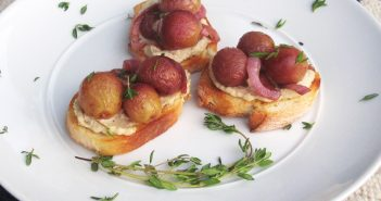 Crostini with Roasted Grapes and Onions