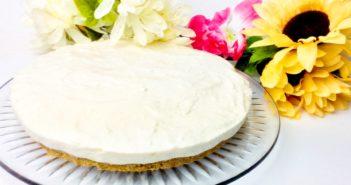 Vegan No-Bake Cheesecake Recipe with Strawberry Sauce (dairy-free!)