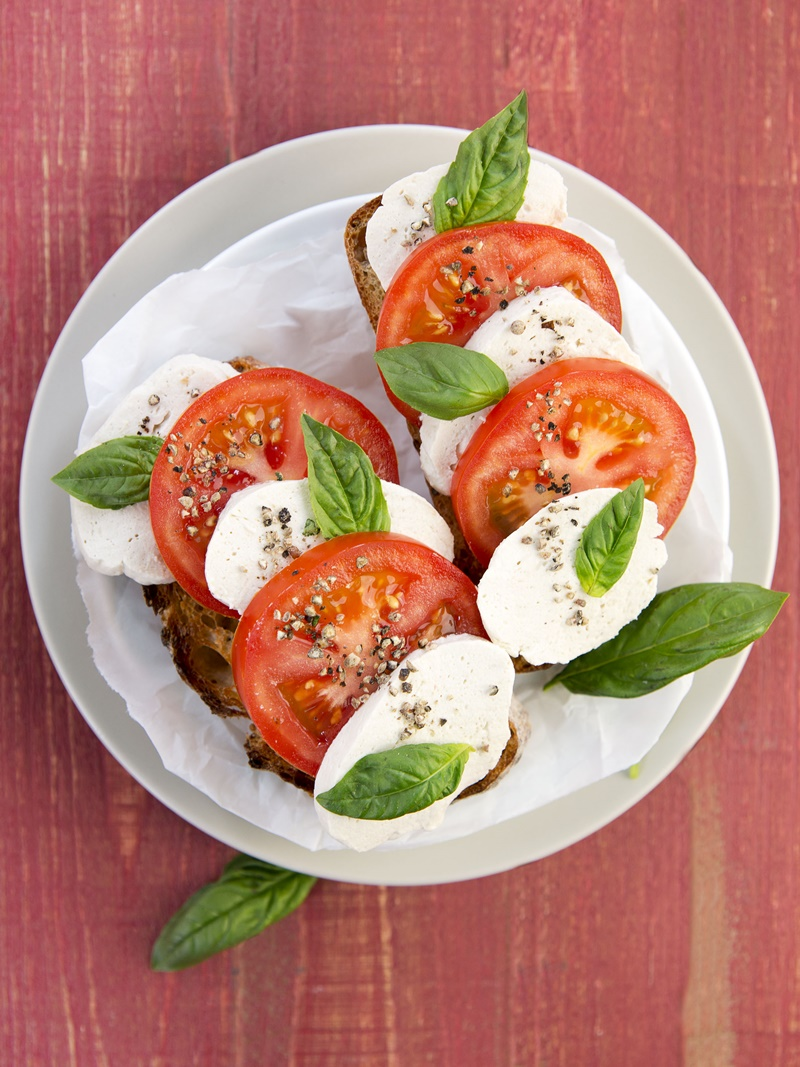 Dairy-Free Buffalo Mozzarella Recipe - a delicious vegan twist on fresh cheese that is perfect in caprese salad, with pasta or even pizza!