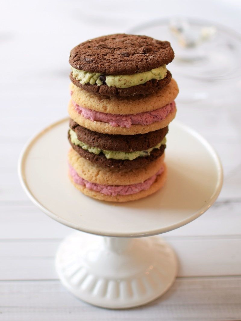 Easy Holiday Sandwich Cookies: Mint Chocolate Chip, Lemon-Iced Gingerbread, Berry Sugars, and Maple-Doodle Recipes (all are dairy-free, gluten-free, vegan & top allergen-free!)