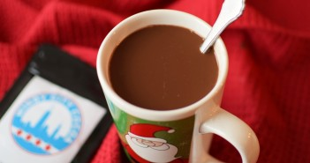 Windy City Hot Cocoa - dairy-free, vegan and made with gluten-free oats! Surprisingly rich.