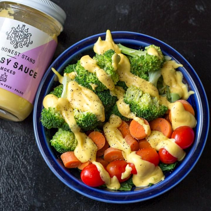 The Honest Stand Cheesy Sauces are paleo, vegan, dairy free and made with 100% natural and organic ingredients. Available in Blue, Alfredo, Nacho and Smoked.
