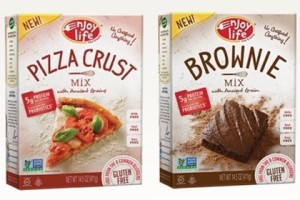 Enjoy Life Foods Baking Mixes for dairy-free / gluten-free Pizza Night with Mint Chip Brownie Pizza!