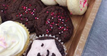 Kneaded Gluten Free Bakeshop in Regina, SK offers daily dairy-free cookies and custom order cupcakes