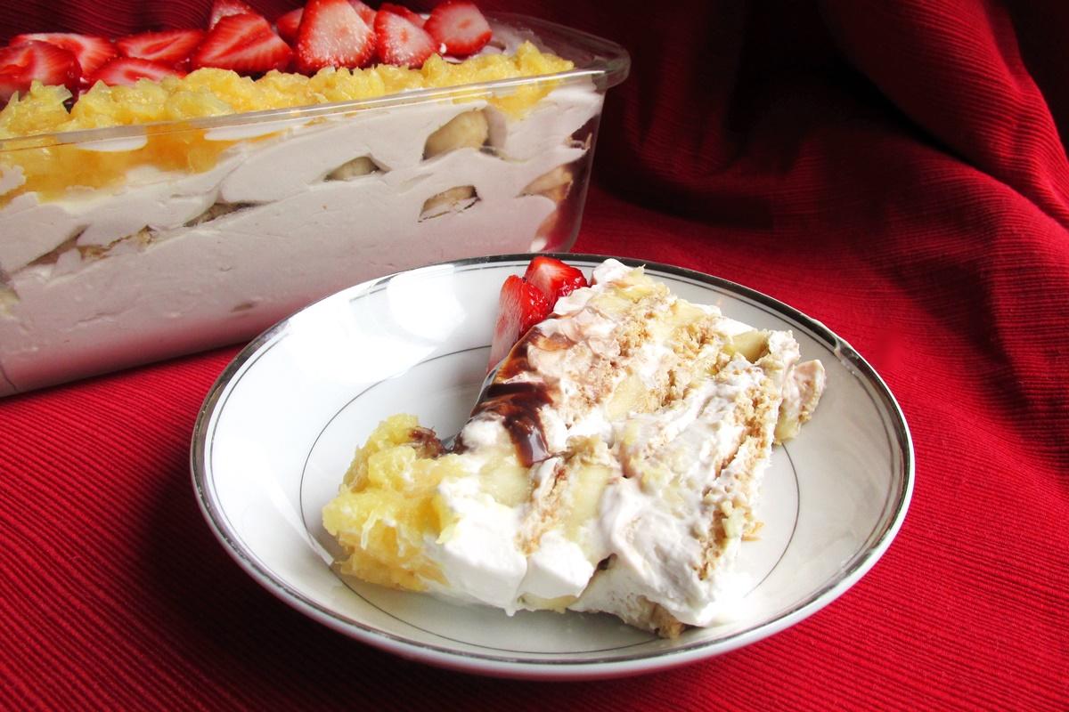 Banana Split Icebox Cake Video