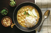 Apple Chicken Peanut Curry Recipe (Dairy-free, Gluten-free, Soy-free; Vegan option included)