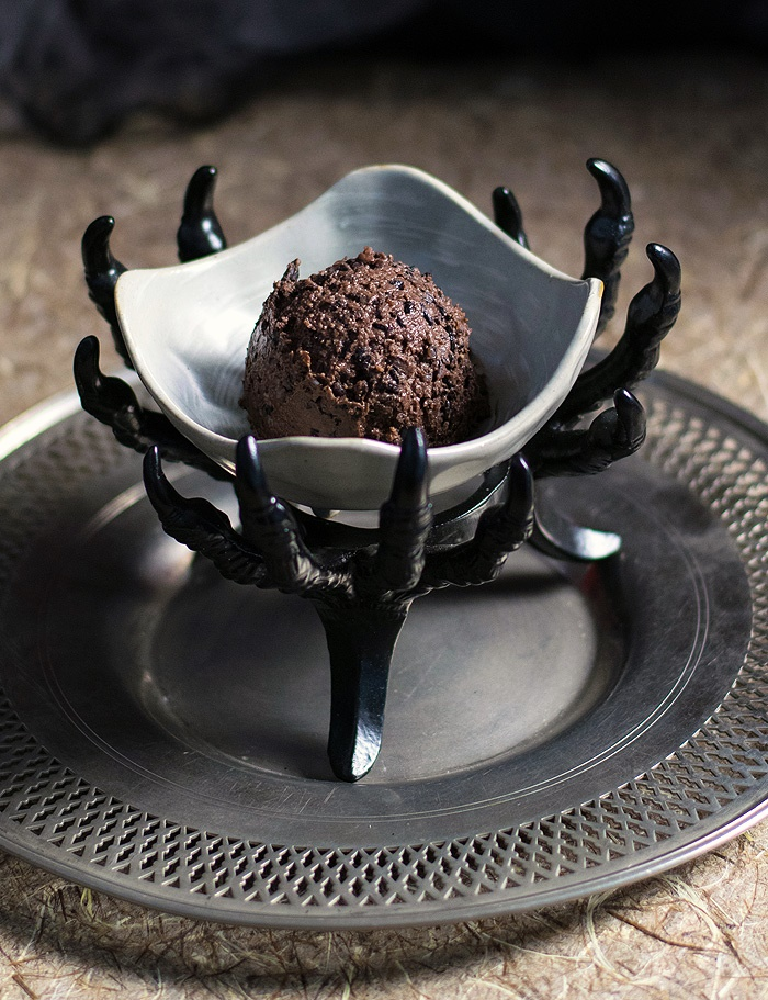Forbidden Rice Chocolate Mousse - a Gruesome Slow Cooker Vegan Halloween Treat!