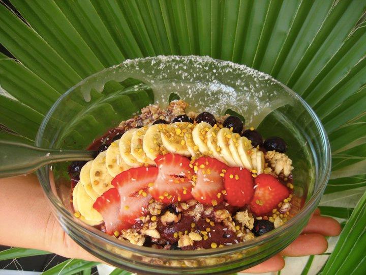 Choice Health Bar - a health conscious spot to grab smoothies, juices, acai bowls, and fresh meals in Lahaina, HI!