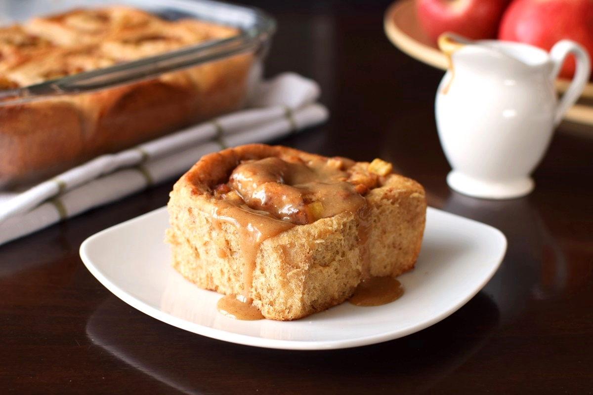 Healthy Apple Cinnamon Rolls - wholesome, naturally sweetened, dairy-free and vegan