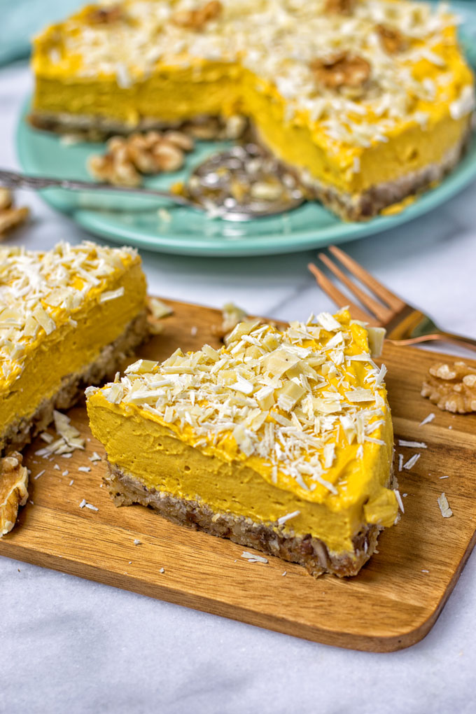 30 Dairy-Free Holiday Desserts for Your Next Dinner Party! (The Recipes are All Vegan, Too!)