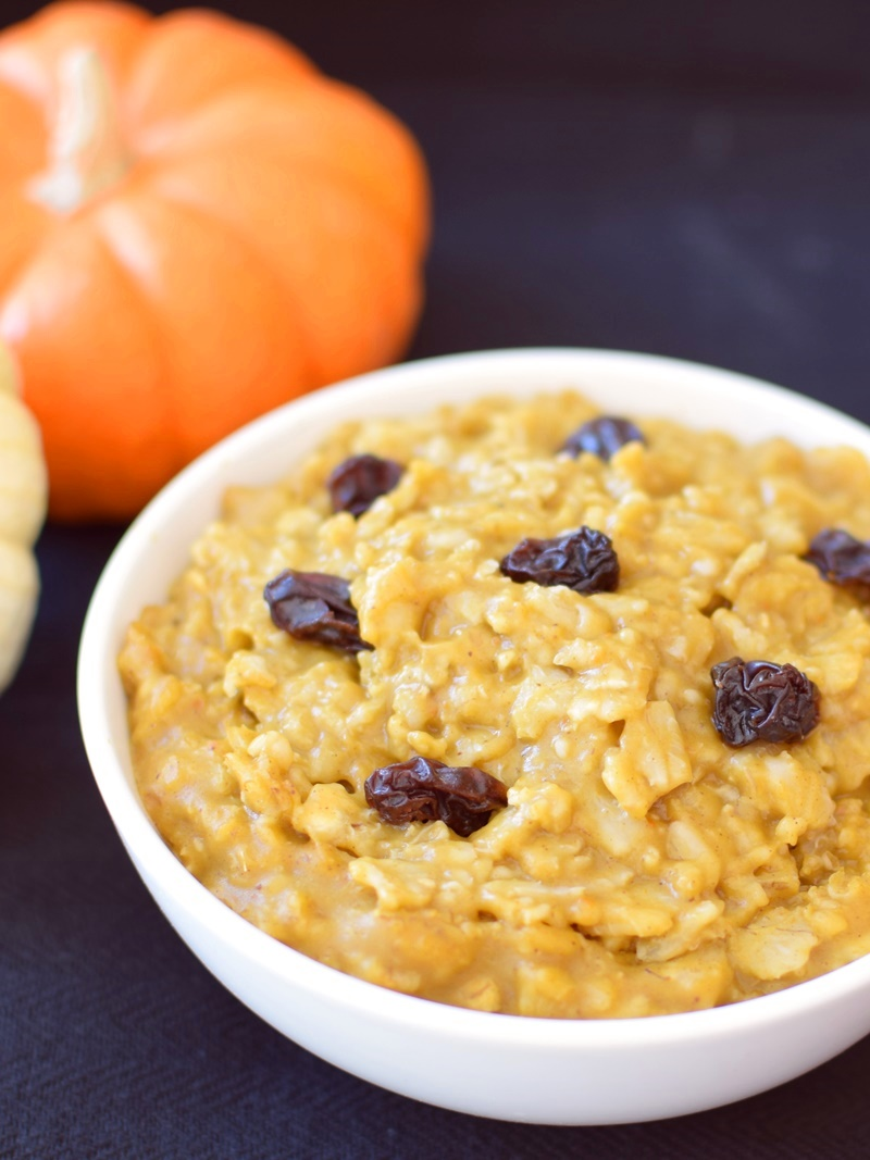 22 Dairy-Free Healthy Winter Recipes - Pumpkin Pie Oatmeal Recipe pictured
