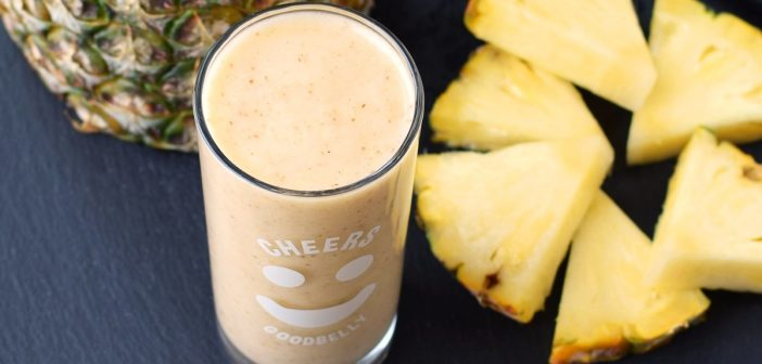 Pineapple Ginger Smoothie (For a Good Belly!)