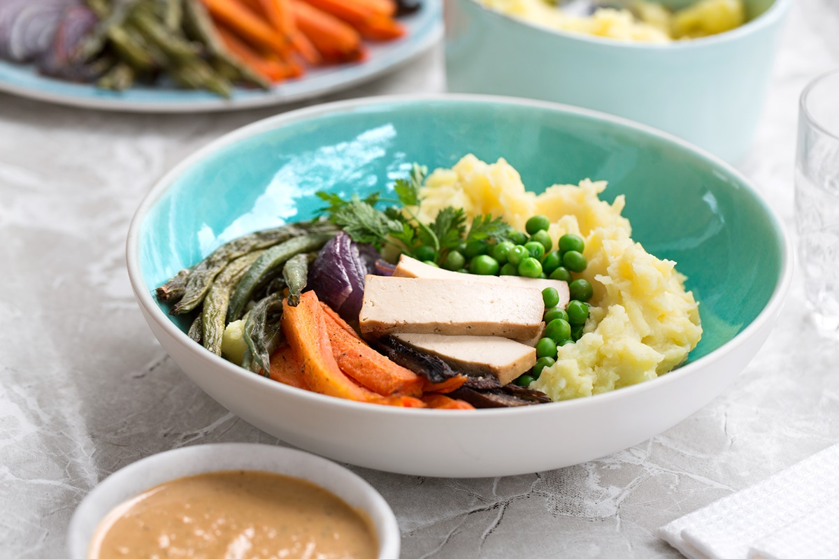 Healthy Mashed Potato Bowls with Creamy Cashew Gravy Recipe (vegan, dairy-free and gluten-free optional)
