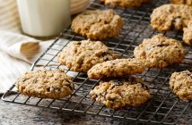 Vegan, Nut-Free, Gluten-Free Oatmeal Chocolate Chip Cookies Recipe - easy, allergy-friendly and wholesome
