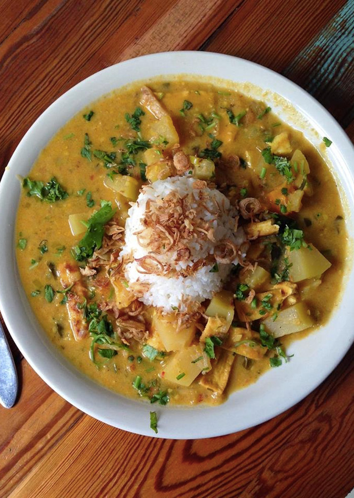 Carmo brings the flavors of the tropics to New Orleans! Very dairy-free and vegan friendly.