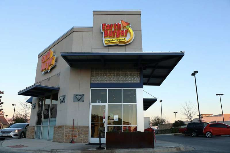Earth Burger is a fully plant-based fast food restaurant in San Antonio, TX!