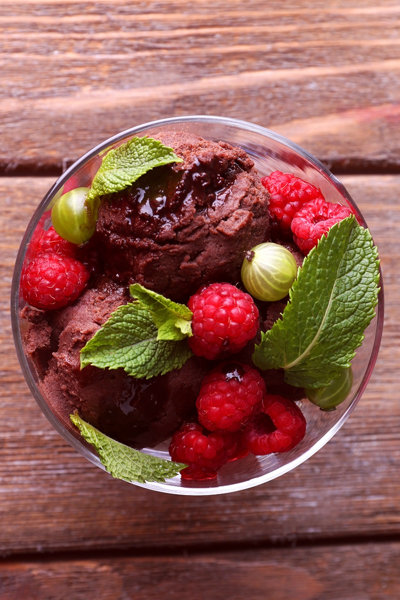 Vegan Chocolate Raspberry Ice Cream Recipe (just 4 ingredients!)