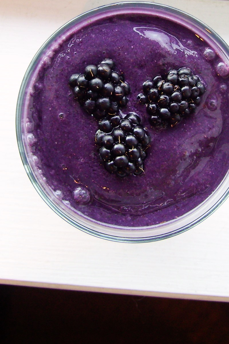 Healthy Blackberry Banana Breakfast Smoothie Recipe - Dairy-Free, Plant-Based, Paleo, Top Allergen-Free, and Delicious!