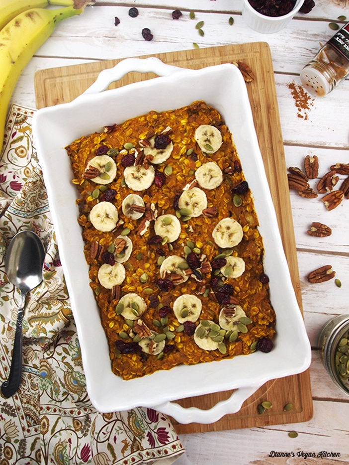 22 Dairy-Free Pumpkin Recipes (pictured: Vegan Baked Pumpkin Oatmeal)