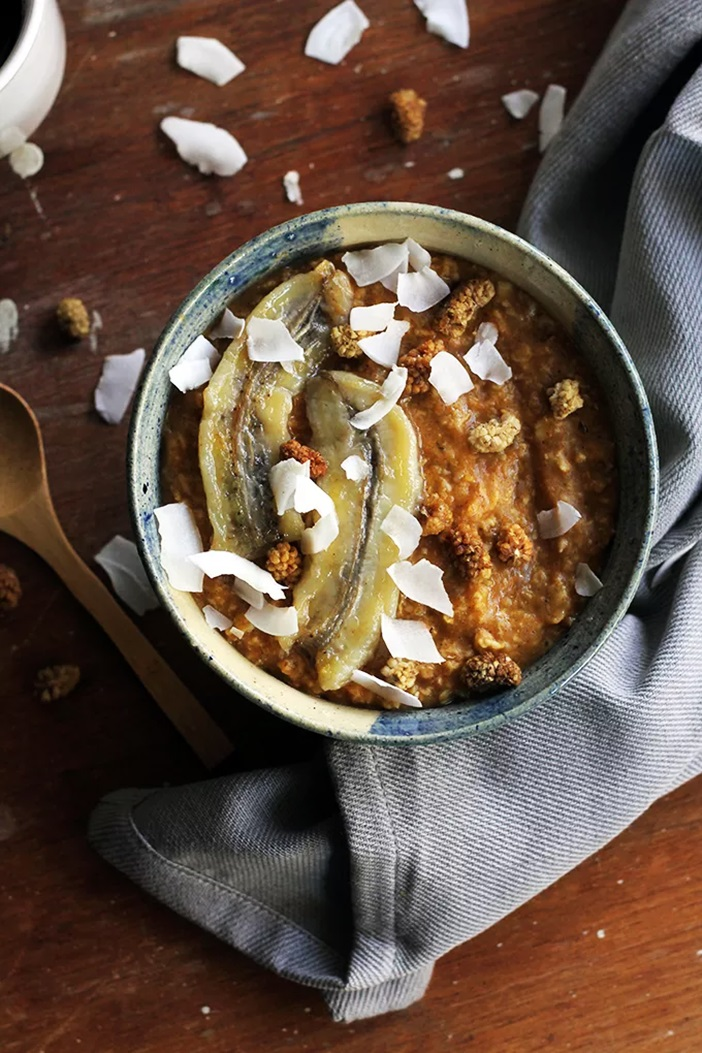 22 Dairy-Free Pumpkin Recipes (Pictured: Pumpkin Chai Oatmeal)