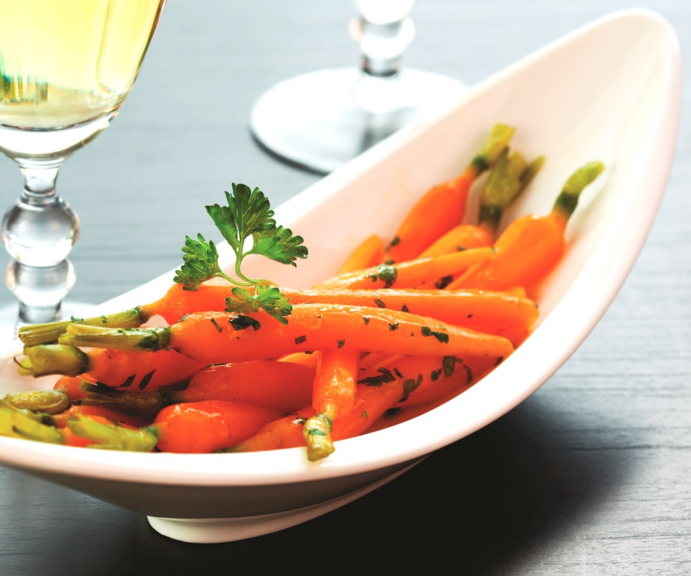 Wine-Glazed Carrots Recipe - a simple, dairy-free, gluten-free, nut-free, and optionally vegan side dish