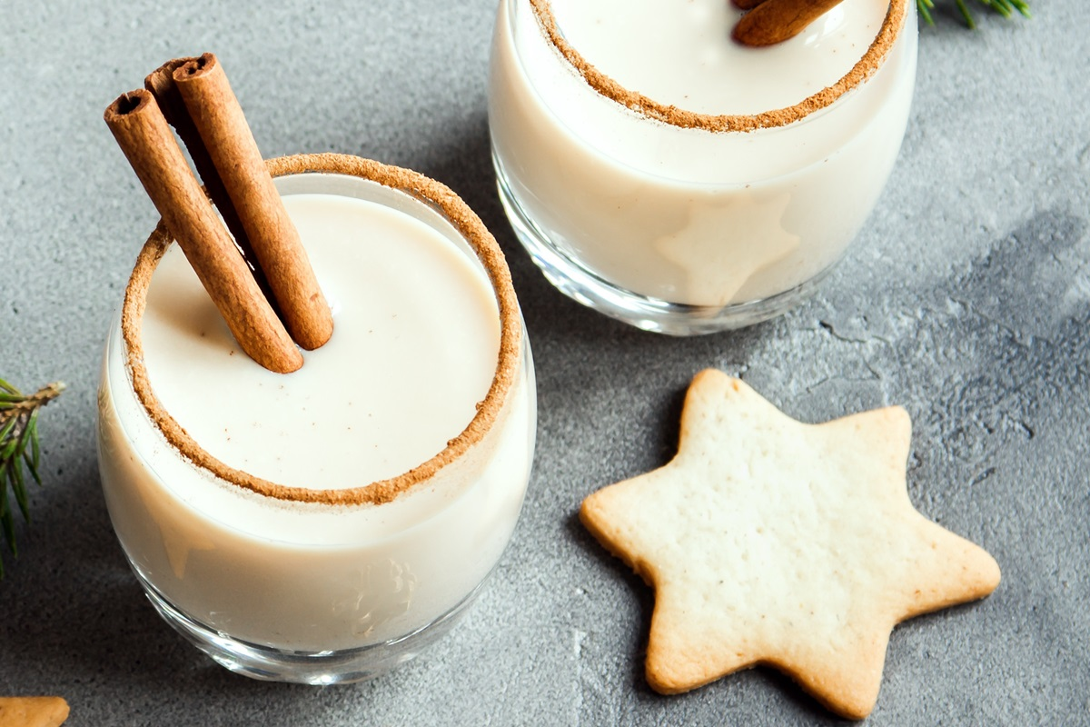 The Complete Guide to Dairy-Free Holiday Beverages - with vegan, nut-free, and soy-free options too! Store-bought and recipes for nog, eggnog, chocolate peppermint, pumpkin spice, and more!