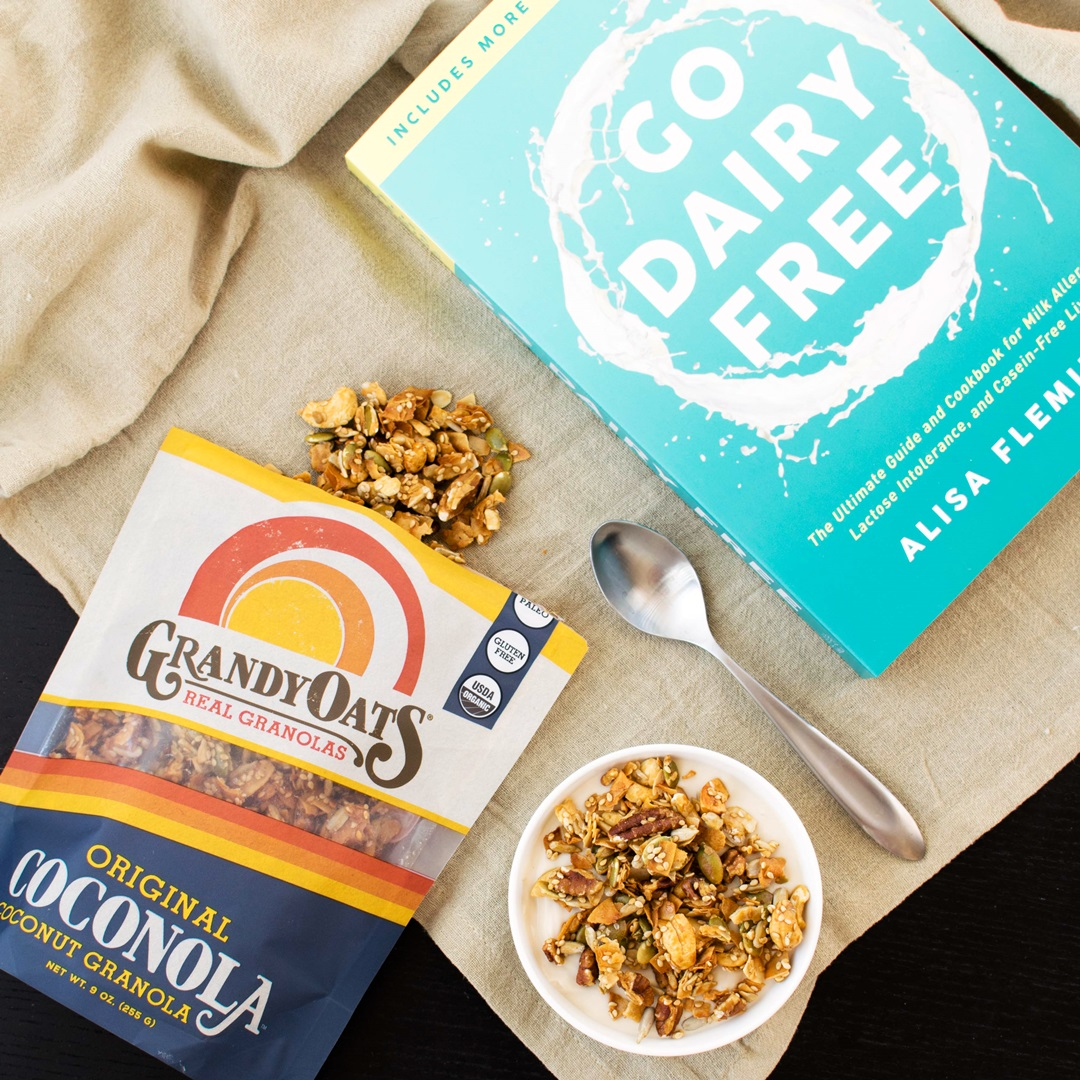 GrandyOats Coconola - Oat-Free, Grain-Free, Paleo Granola Made in a Solar-Power Bakery. We have the ingredients, availability, tasting notes, and more ...