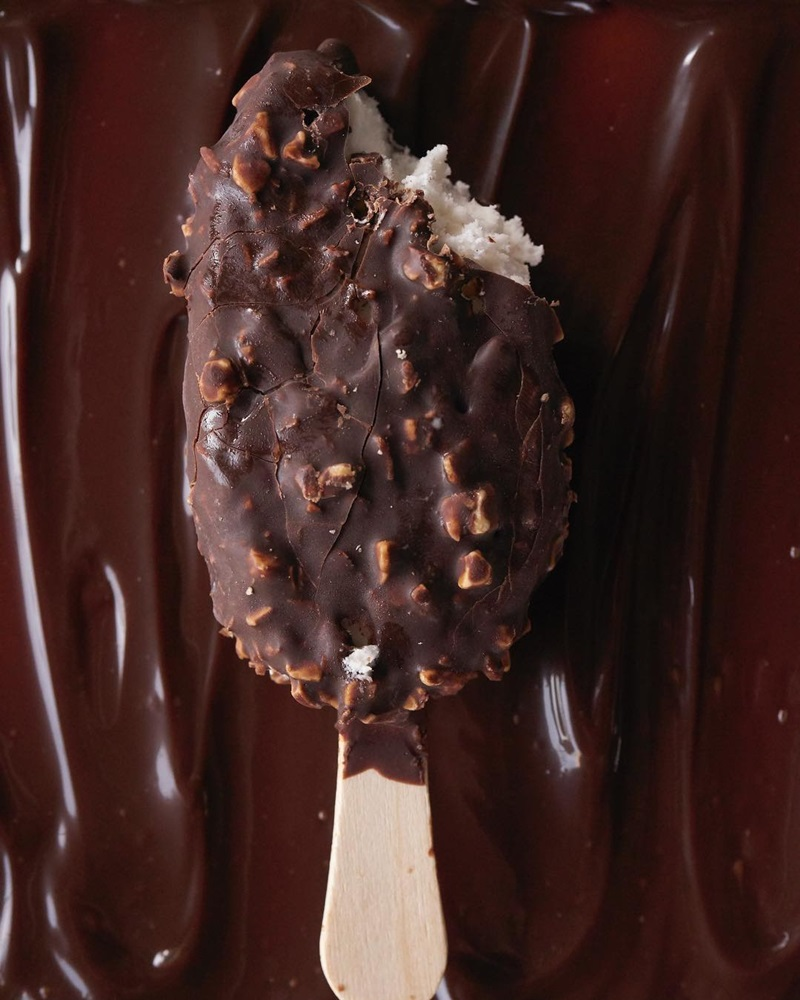 The 12 Best Dairy-Free Ice Cream Bars - Vegan Frozen Desserts to Share with EVERYONE!