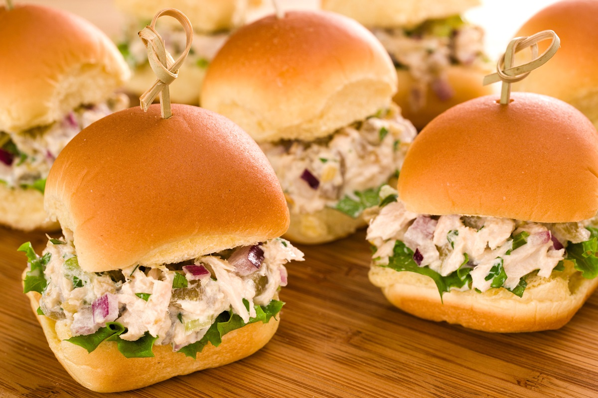 Tasty Tuna Sliders Recipe with Green Chiles, Cilantro and Celery - so easy, dairy-free, and optionally allergy-friendly. Even includes a vegan option!