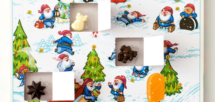 Make Your Own Chocolate Advent Calendar (Holiday Hacks!)